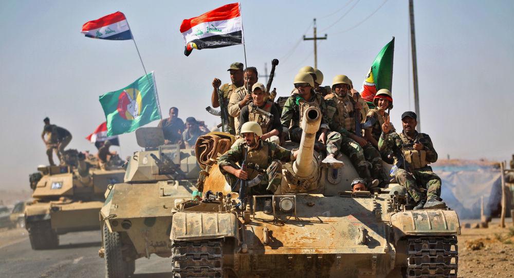 """الجيش العراقي يضبط أوكارا ومفخخات لـ""""داعش"""" على حدود الأردن والسعودية"""
