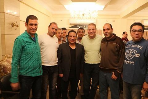 د/ عادل عبده رئيس قطاع الفنون الشعبية والاستعراضية يجتمع مع فرقة تحت 18