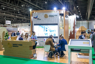 مركز التصدير الروسي: روسيا والإمارات العربية المتحدة ناقشتا آفاق تصدير منتجات صناعة الأخشاب الروسية بمعرض دبي للأخشاب 2018