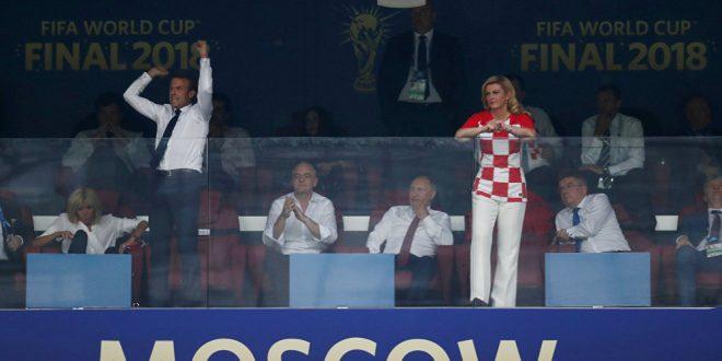 تصرف أمير قطر تجاه زوجة ماكرون يثير انتباه الإعلام الفرنسي