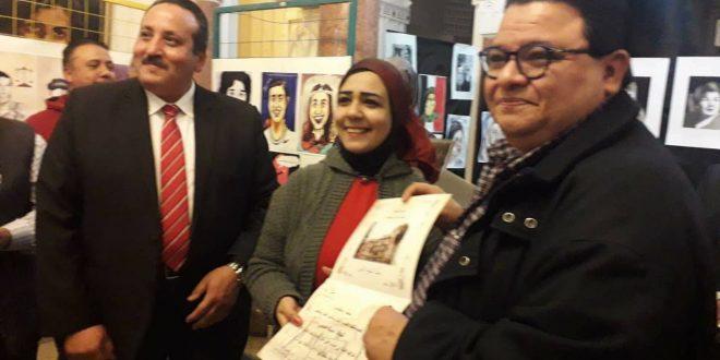 """خالد جلال يشيد بمعرض """"كاريكاتيرات عربية """" بمكتبة القاهرة"""