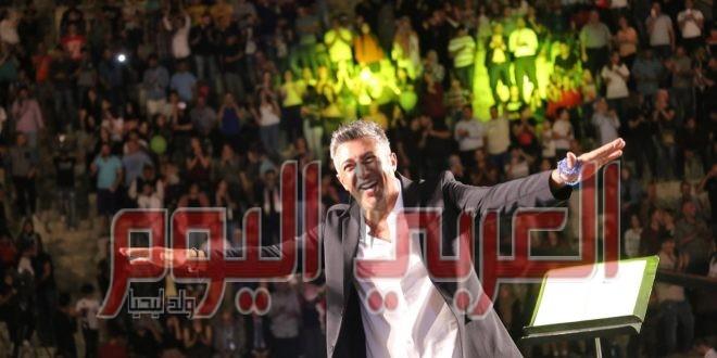 عمر العبداللات يحقق نجاحاً جماهيرياً كبيرا  في إفتتاح مهرجان جرش 2019
