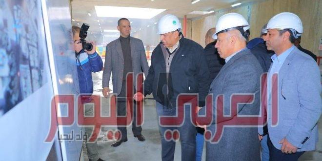 وزير النقل يتابع اعمال تنفيذ المرحلة الثالثة للخط الثالث للمترو