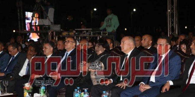 برعاية رئيس الوزراء وفى حضور 8000 مشاهد :: وزيرا الثقافة والسياحة والاثار ومحافظ قنا اطلقوا فعاليات مهرجان دندرة للموسيقى والغناء