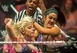 """أول نزال مصارعة نسائي على لقب """"سماك داون"""" في السعودية"""