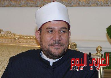 وزير الأوقاف يقرر وقف إمام مسجد بالسويس