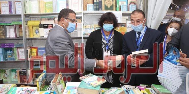 عبد الدايم ومحمد الشريف يفتتحان معرض الإسكندرية للكتاب