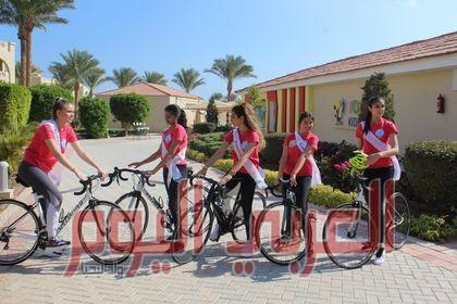 """"""" ملكات جمال العالم """" يروجون للسياحة المصرية بممارسة الإلعاب الرياضية"""