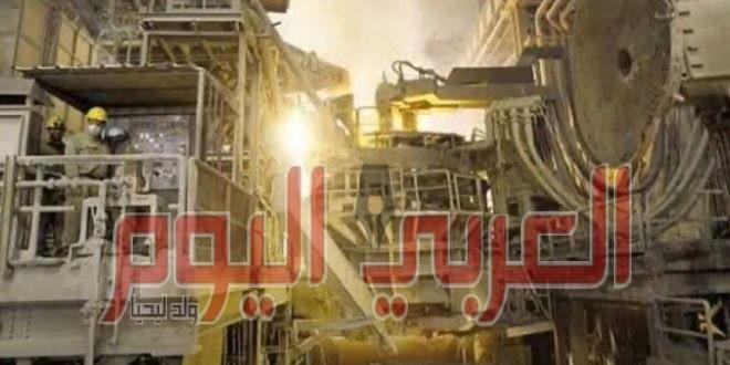 عمال شركة الحديد والصلب المصرية يحتجون على قرار تصفيتها